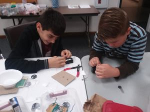 children working on a project